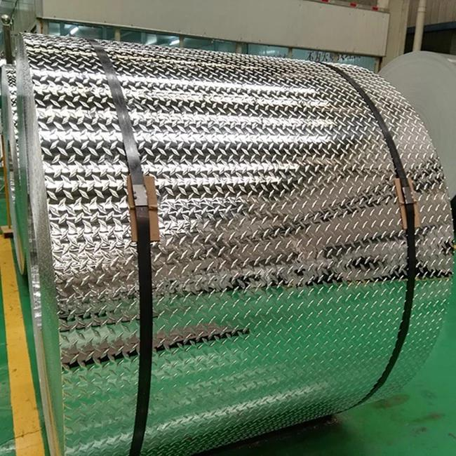Black aluminium checker plate