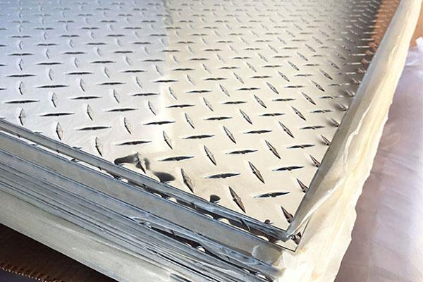 checkered aluminum sheets