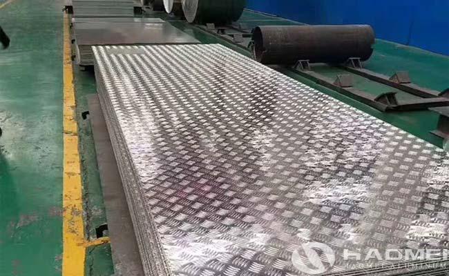5052 aluminum tread plate for platform