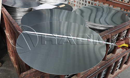 Piles of aluminum circle for rice cooker